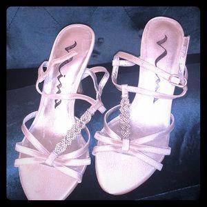 Nina silver sandals size 6 1/2 M